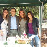 Cristina Sambruna e Marta Lodi di Arianna insieme al sindaco Massimo Depaoli e all'Assessore Alice Moggi